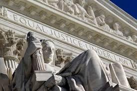 Corte Suprema EEUU se inclina en favor de mantener prohibición de viajes de Trump