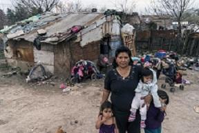 La mitad de la población del mundo no puede acceder a servicios básicos de salud, informa OMS