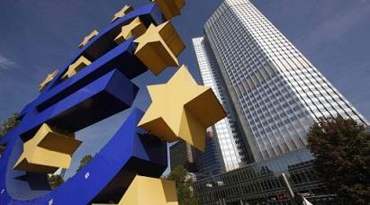 Sondeo de BCE prevé inflación más débil y mayor crecimiento PIB