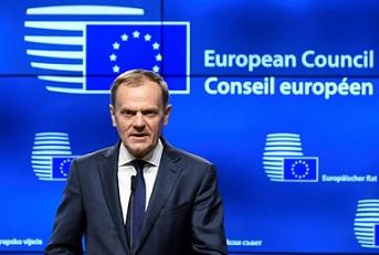 Mandatarios europeos defienden su derecho a elegir líderes de la UE