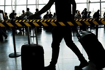 Concluye prohibición de EEUU de llevar ordenadores portátiles en vuelos