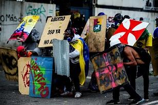Oposición venezolana nombrará Corte Suprema paralela en su ofensiva contra Maduro