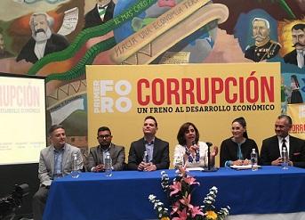 Luisa María Calderón llama a combatir y romper cadena de la corrupción
