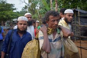 Bangladés despliega al Ejército para brindar ayuda a los rohinyás y exhorta a Birmania a readmitirlos