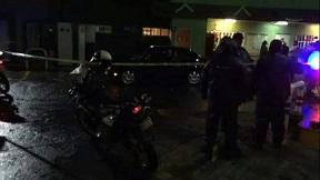 Salvador Escalante: Civiles armados bloquean las entradas al municipio