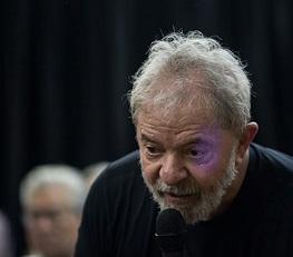 """Si se atreven a detenerme, seré un preso político"", dice Lula"