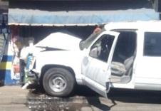 Provoca choque persecución en  Uruapan