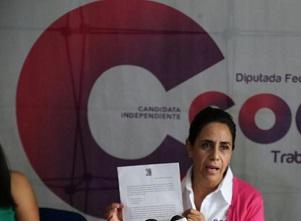 Cocoa Calderón presenta su declaración 3 de 3